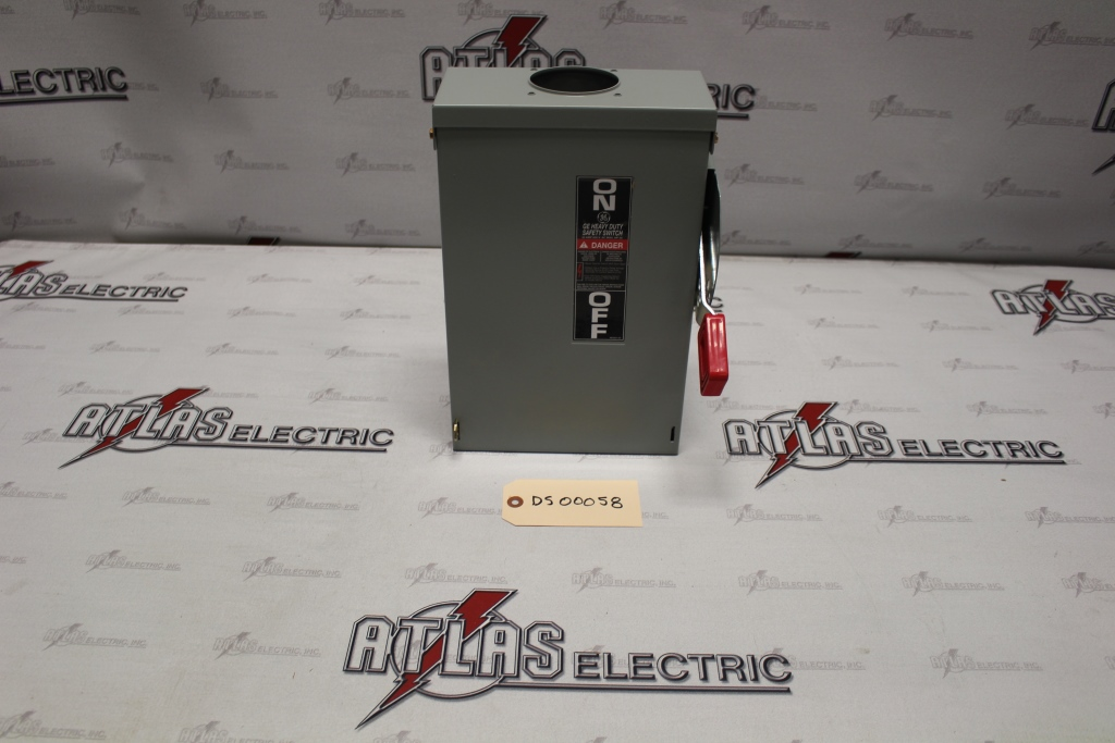 General Electric 30 Amp 3 Pole Non-Fusible Safety Switch Catalog Number THN3361R 600 Volt N3R