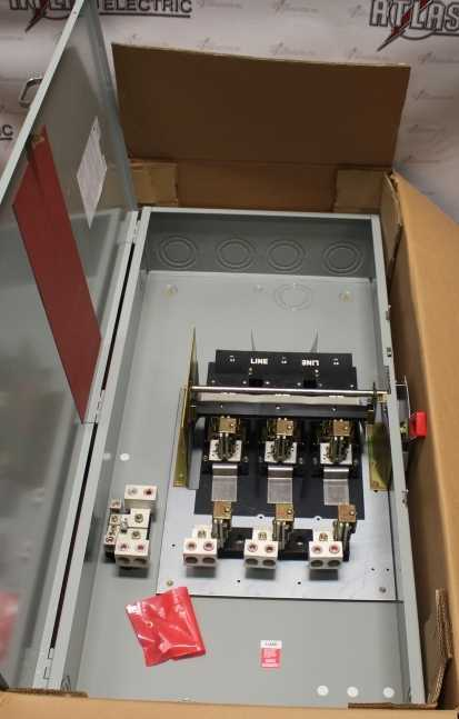 General Electric 600 Amp 3 Pole Fusible Safety Switch Catalog Number TH4326C 240 Volt N1