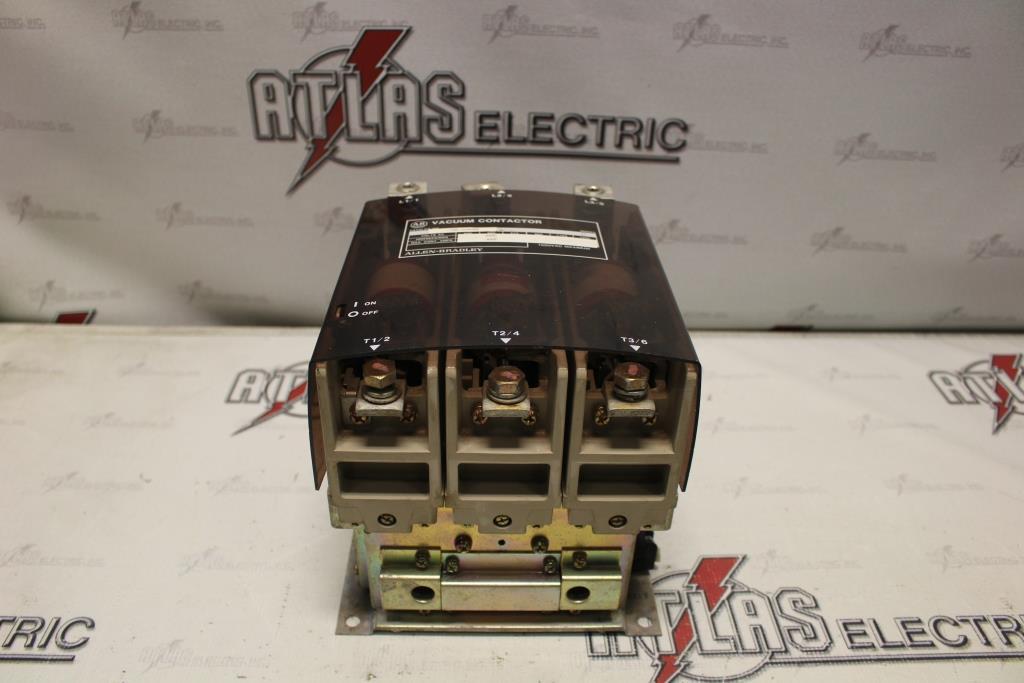Allen Bradley 1100-COD93 400 Amp 1500 Volt Vacuum Contactor 400 Amps At 1500 Volts 120 Volt AC Coil